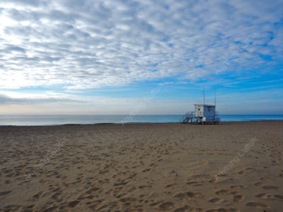 Lowestoft Beach by Sue Stroud