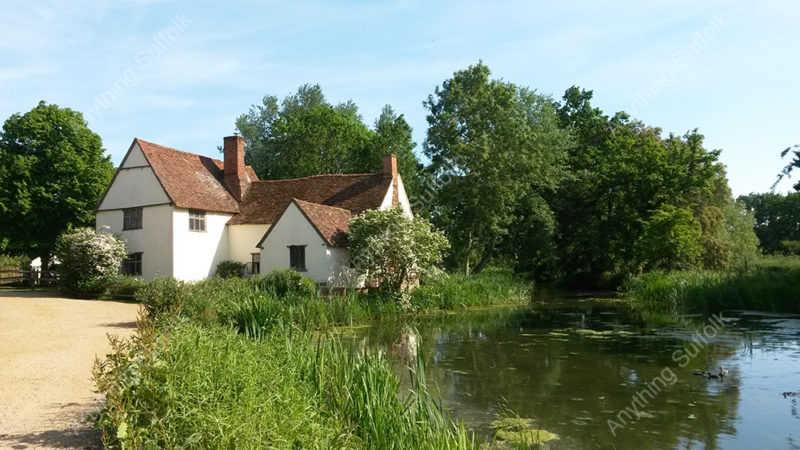 Willy Lott's Cottage, Flatford by Hazel Calver