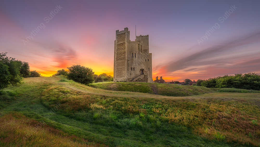 Orford Castle by Aron Radford