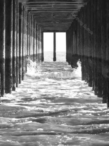Southwold Pier by James Ellis